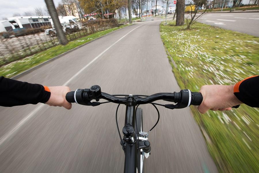 Op de fiets naar je werk, er zijn genoeg redenen om op de tweewieler te stappen